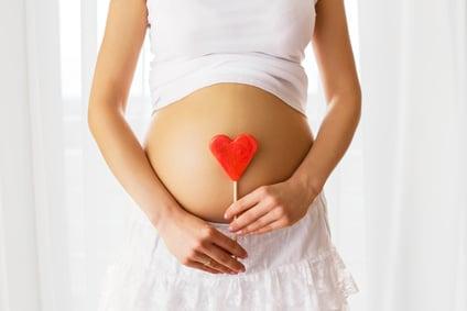 Fotolia 107615572 XS - Quel traitement devez-vous éviter en cas de mycose vaginale pendant une grossesse ?